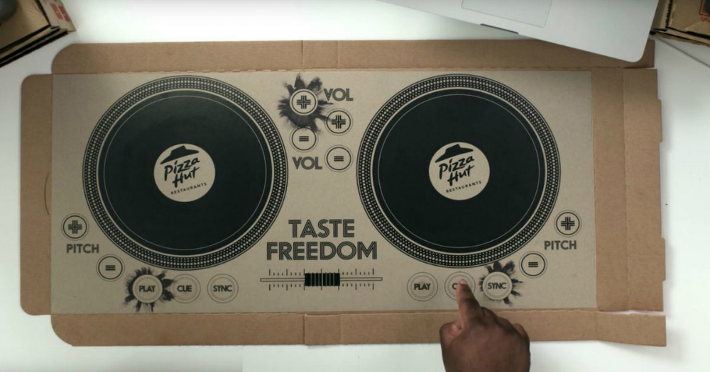 Pizza Hut Playable Pizza Box Turntables