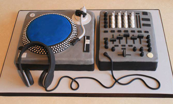Delicious Cake of DJ Setup
