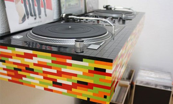Lego Style DJ Table with Turntable