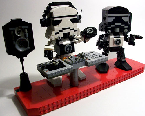 Stormtrooper Lego DJ's