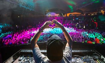 Avicii Heart Sign