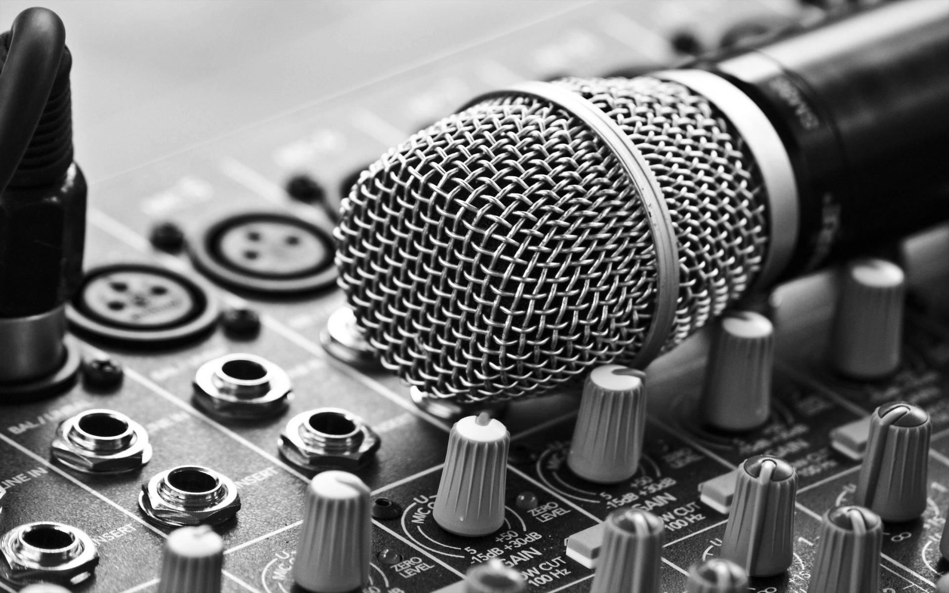 Classic Mic And Mixer Wallpaper