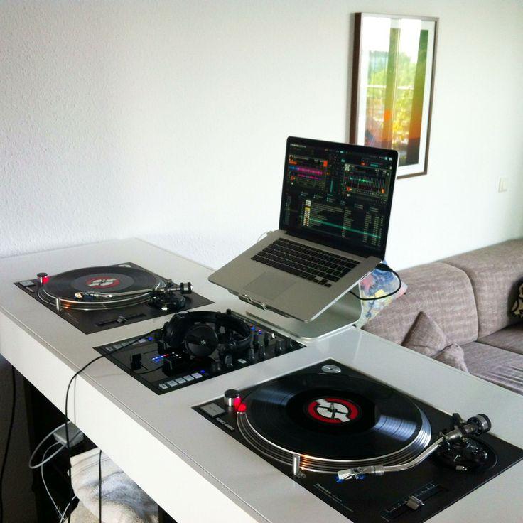 Living Room Setup With Nice Dj Table Dj Setup At