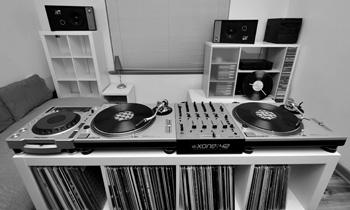 Black and White Setup Photo