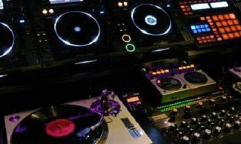 Club Setup with Turntable