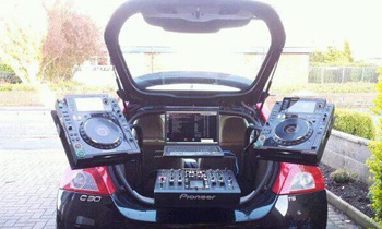 Porsche Mobile DJ